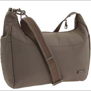 Pacsafe city safe 200 GII tan travel bag